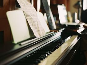 孩子学习钢琴用日本二手钢琴好吗?