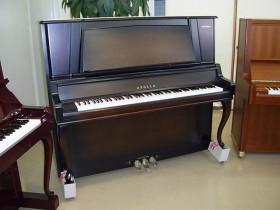 上海伯雅二手钢琴厂简介,全国库存最多的二手钢琴供应商(必看)