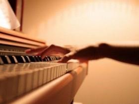 原装二手钢琴保养三大招