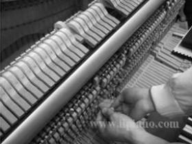 选购钢琴时应该注意二手钢琴价格的选择