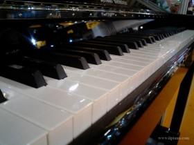 选购二手钢琴没有秘诀!品质音色才是关键