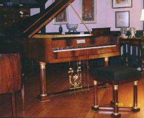 买二手钢琴的建议_为什么要选择二手钢琴