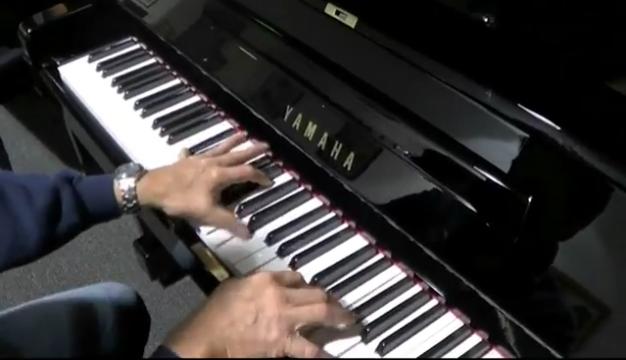 Yamaha_UX3