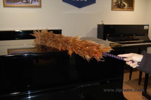 保养钢琴之教大家如何正确擦拭钢琴