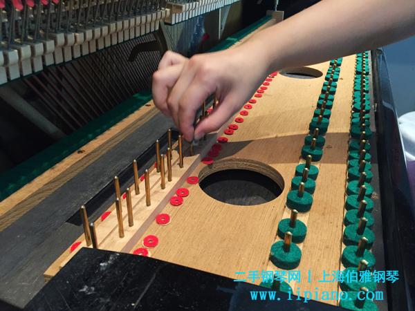 钢琴保养维护不单只有调音,还有机械整理